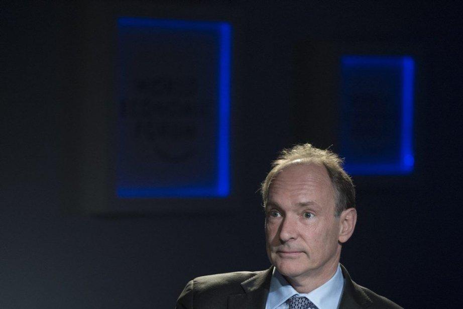Tim Berners-Lee a inventé le Web en 1990... (Photo Jean-christophe Bott, AP)