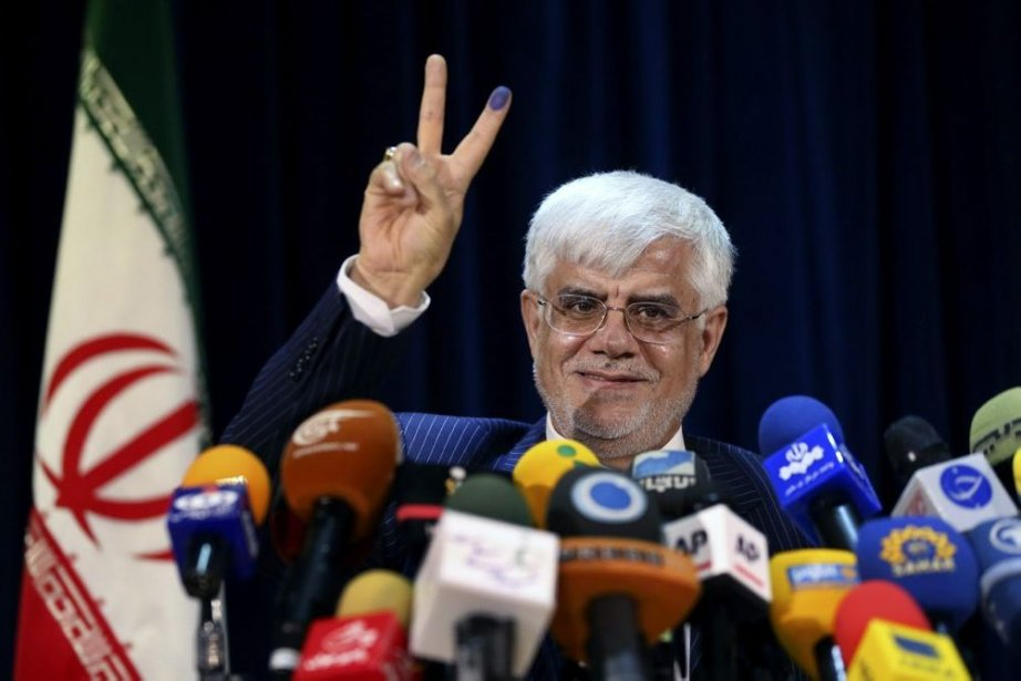 Mohammad Reza Aref... (PHOTO EBRAHIM NOZOORI, AP)