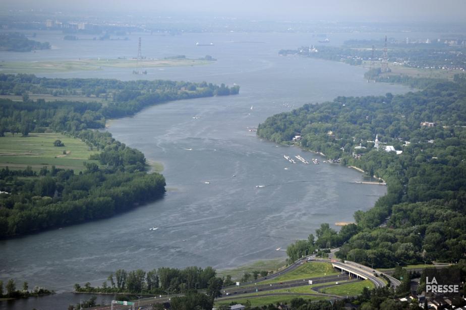 Le fleuve Saint-Laurent... (Photo Bernard Brault, Archives La Presse)