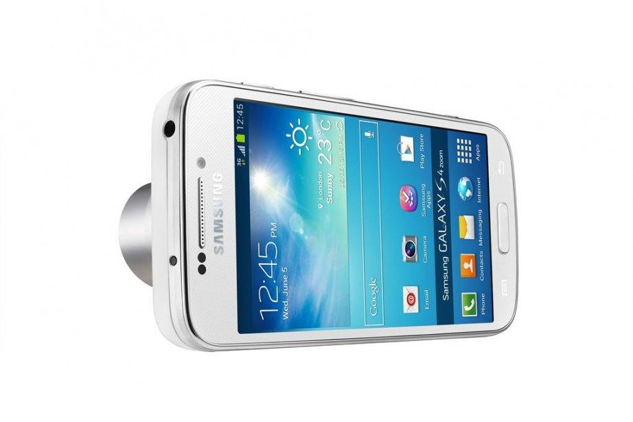 Le Samsung S4 Zoom fonctionne sous la dernière... (Photo Samsung)