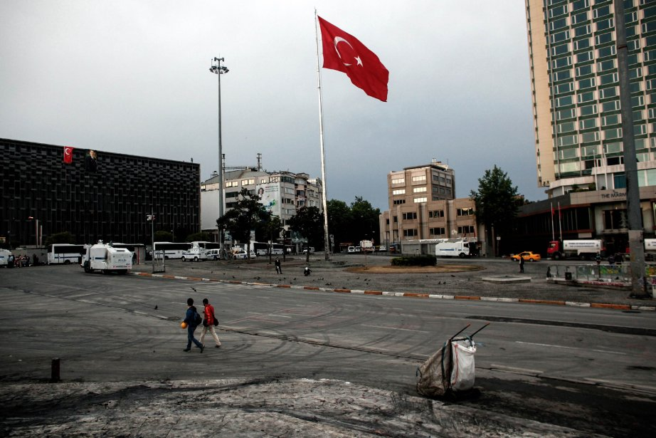La place Taksim.... (Photo Angelos Tzortzinis, AFP)