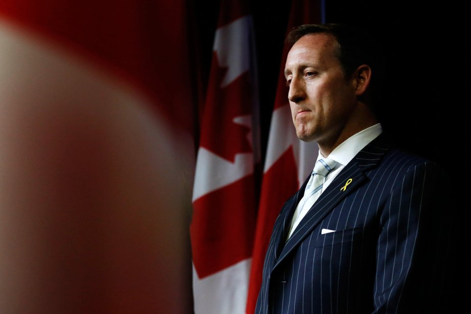 Le ministre de la Défense Peter MacKay.... (Photo Chris Wattie, Reuters)