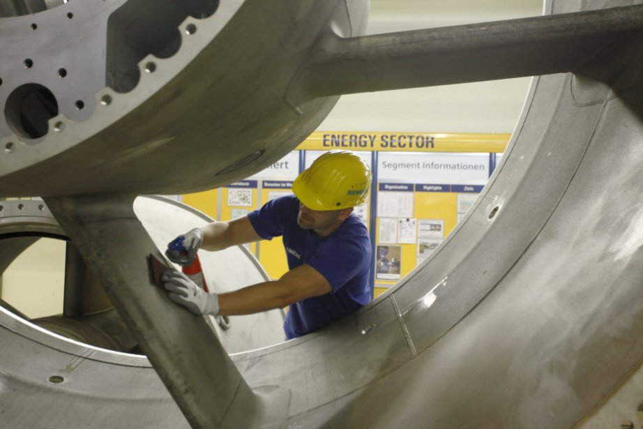 La production industrielle des États-Unis est demeurée inchangée en mai après...