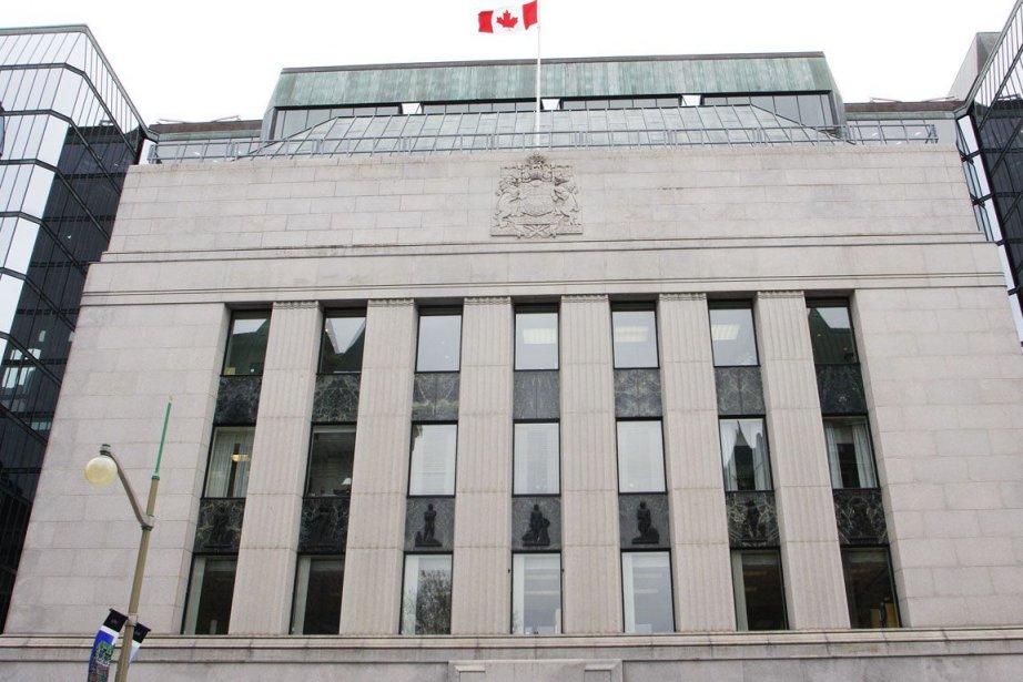 À l'instar de la Banque du Canada et... (Photo Étienne Ranger, Archives Le Droit)