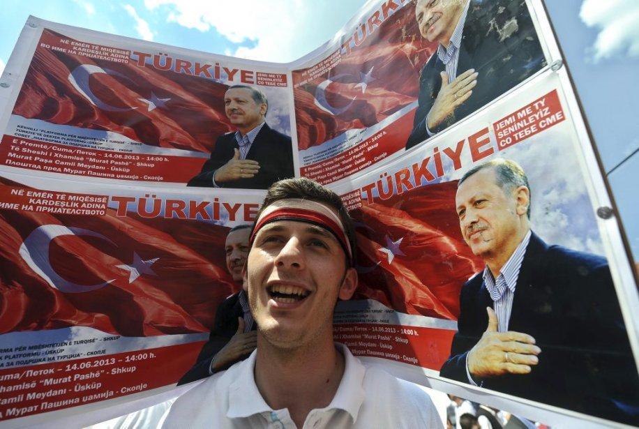 Le premier ministre turc, Recep Tayyip Erdogan, pourrait... (Photo ROBERT ATANASOVSKI, Agence France-Presse)