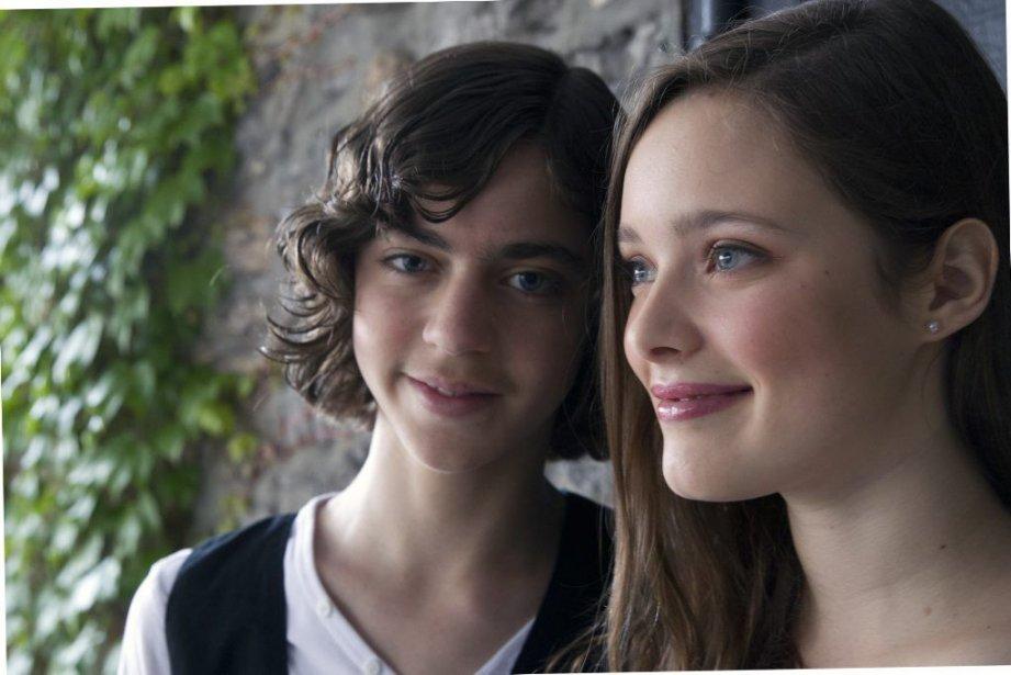 Antoine (Loïc Esteves) etAnna (Marianne Fortier) vont vivre... (PHOTO OLIVIER JEAN, LA PRESSE)