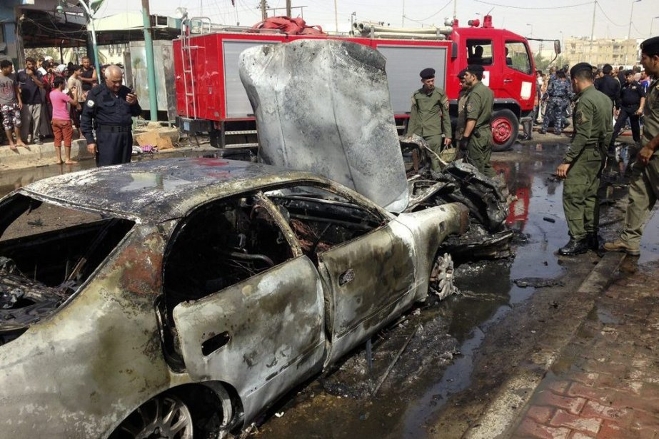 Une voiture piégée a explosé près d'une mosquée... (PHOTO REUTER/STRINGER)