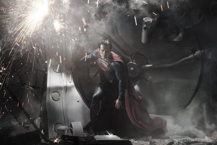 Henry Cavill dans une scèene deMan of Steel.... (PHOTO FOURNIE PAR WARNER)