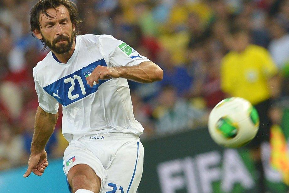 L'Italien Andrea Pirlo lors du match contre le... (PHOTO VINCENZO PINTO,  AFP)