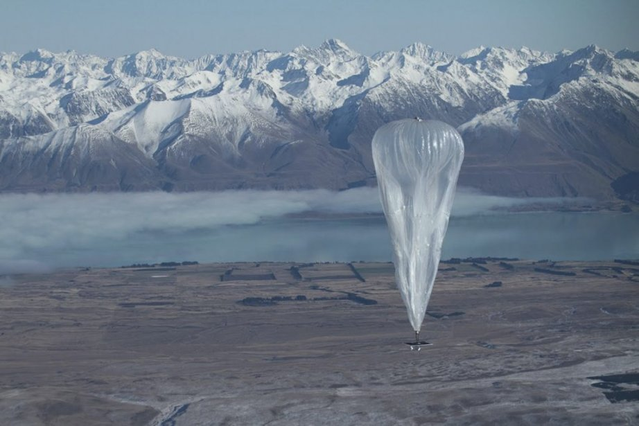 Google espère lancer des milliers deballons et réussir... (Photo AFP)