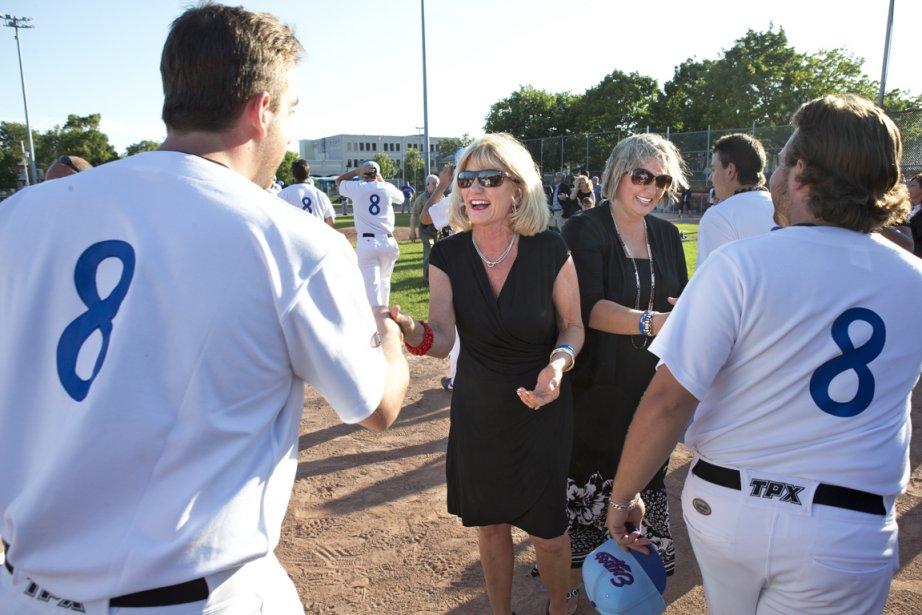L'épouse de Gary Carter, Sandy, et sa fille,... (Photo Robert Skinner, La Presse)
