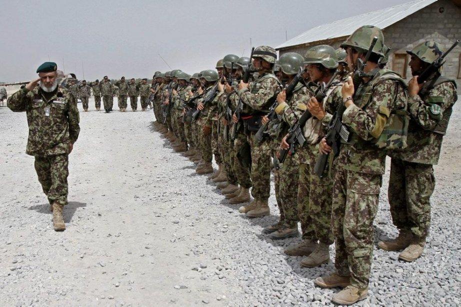 Des soldats de l'armée nationale afghane.... (Photo AP)