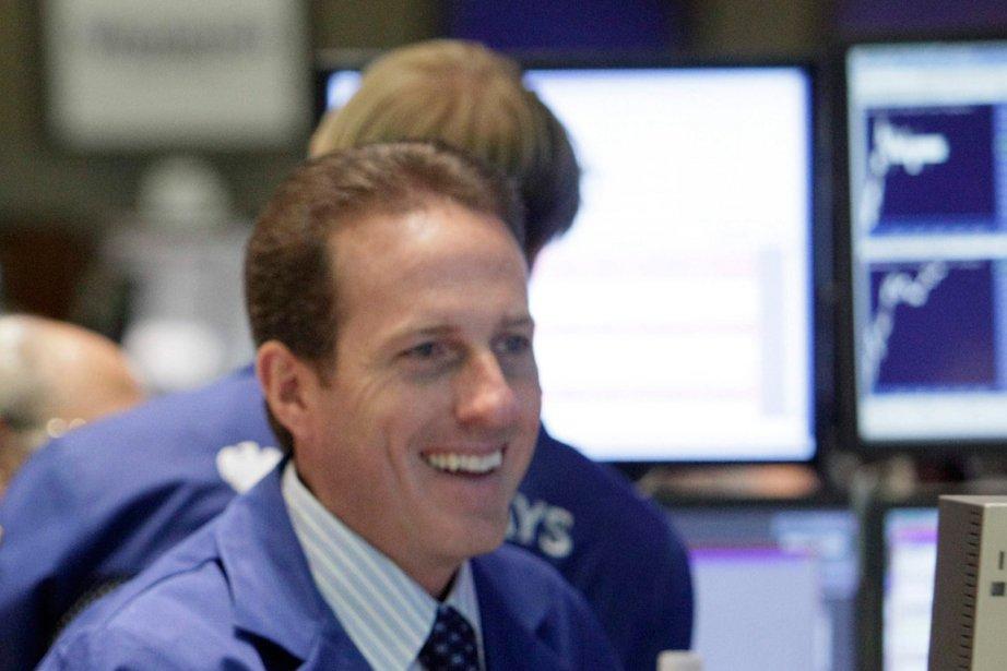 La Bourse de New York a fini en nette hausse mardi, les... (Photo AP)