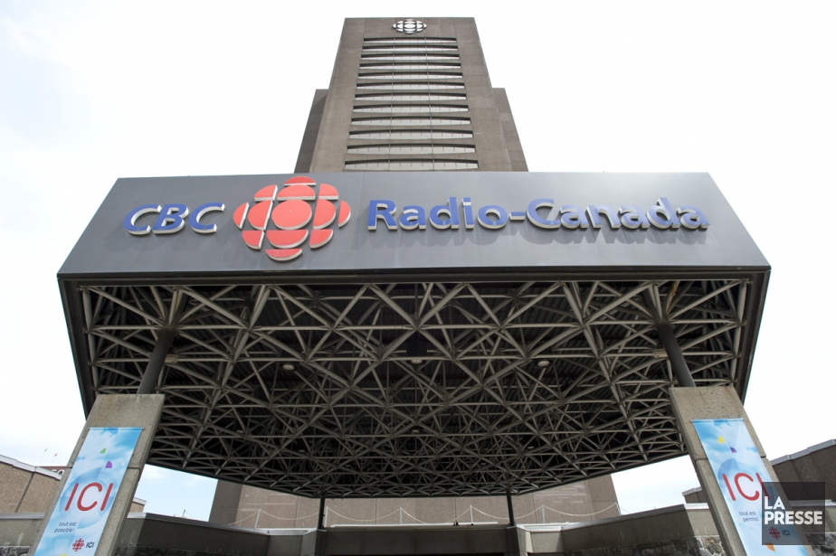 Les quatre syndicats francophones de... (Archives, La Presse Canadienne)