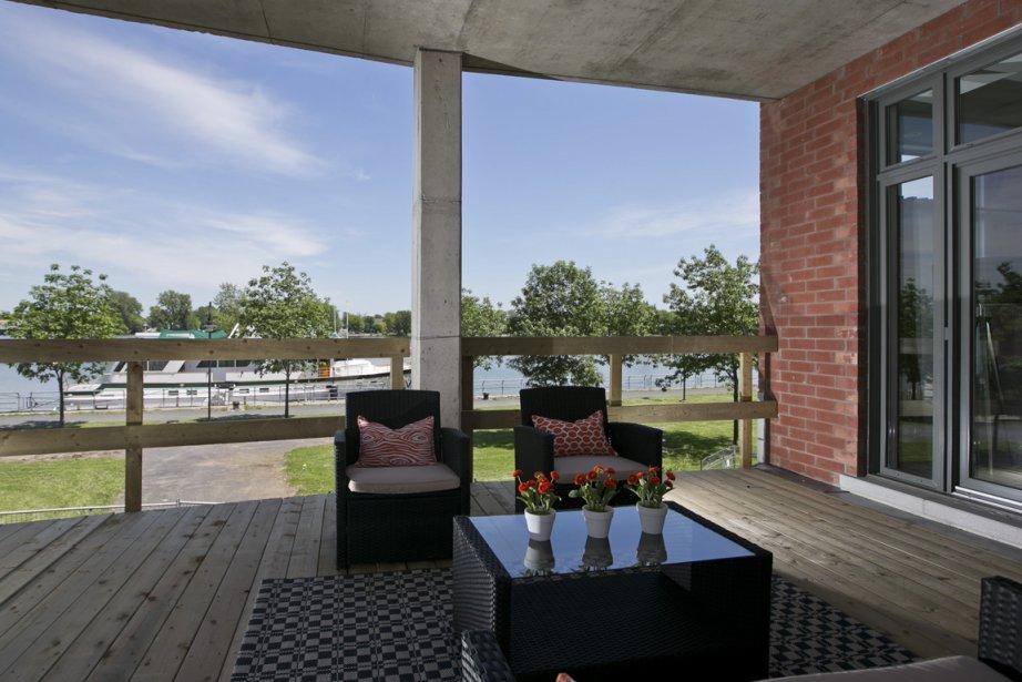 De la plupart des terrasses, les copropriétaires auront une vue sur la rivière. (PHOTO HUGO-SÉBASTIEN AUBERT, LA PRESSE)