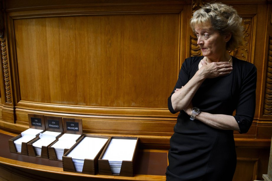 La ministre des Finances suisseEveline Widmer-Schlumpf.... (Photo FABRICE COFFRINI, AFP)