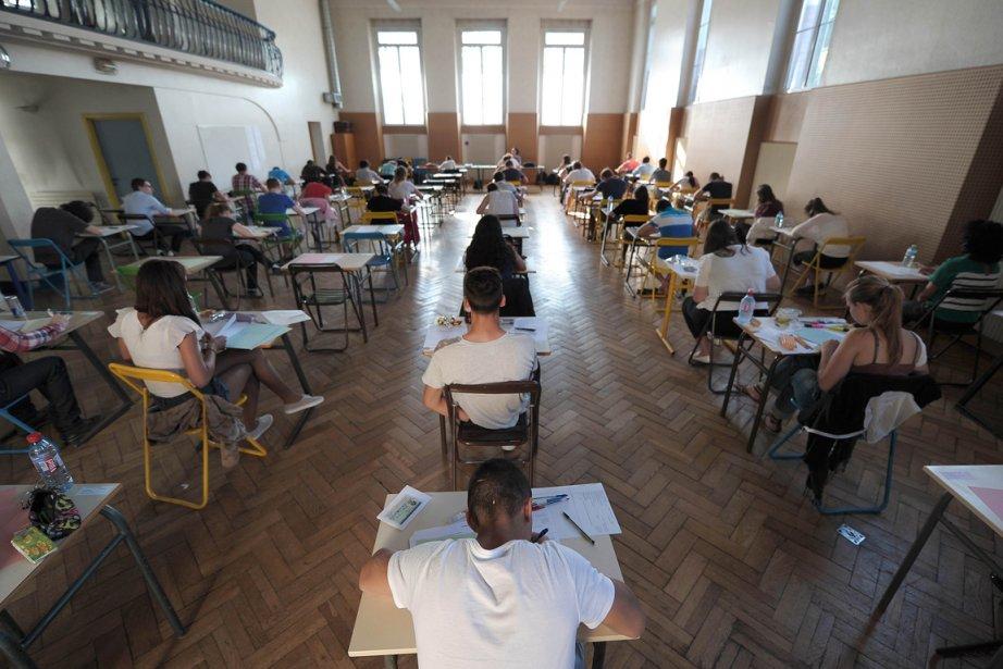 Les épreuves du baccalauréat, qui sanctionne la fin... (Photo Frédérick Florin, AFP)
