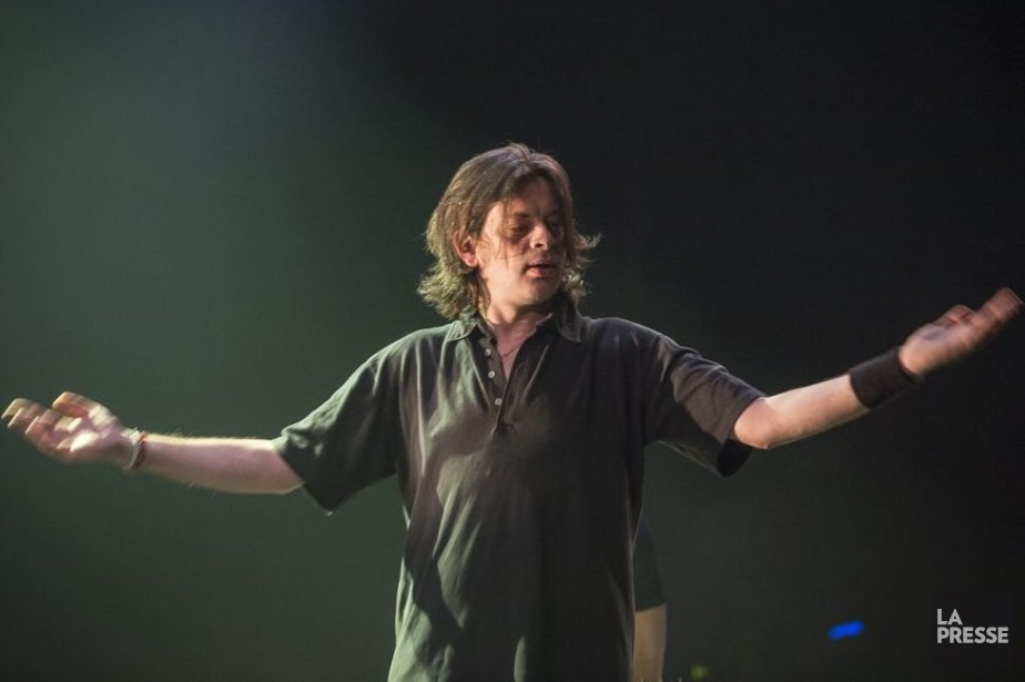 Benjamin Biolay en spectacle aux FrancoFolies.... (Photo: Olivier Pontbriand, archives La Presse)