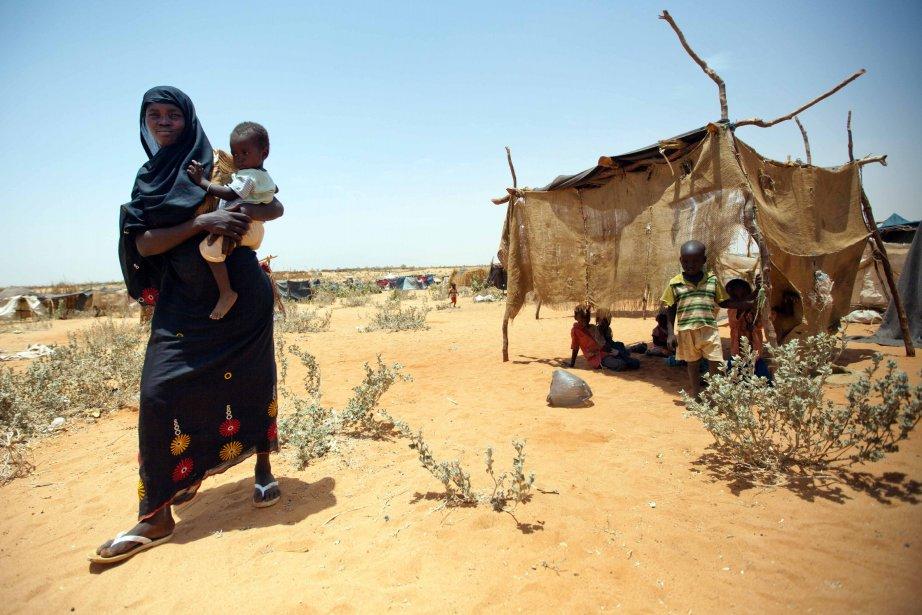 Les conditions dans de nombreux camps se sont... (PHOTO ALBERT GONZALEZ FARRAN, AFP)