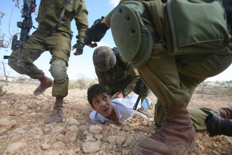 Depuis 2002, l'armée israélienne a arrêté, interrogé et... (PHOTO HAZEM BADER, ARCHIVES AFP)