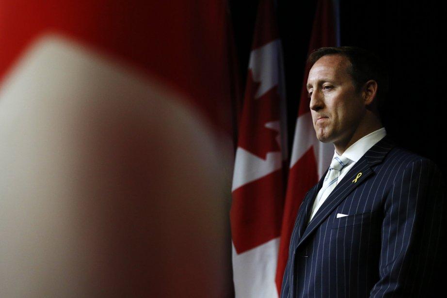 Le ministre de la Défense, Peter MacKay... (Photo Chris Wattie, Reuters)