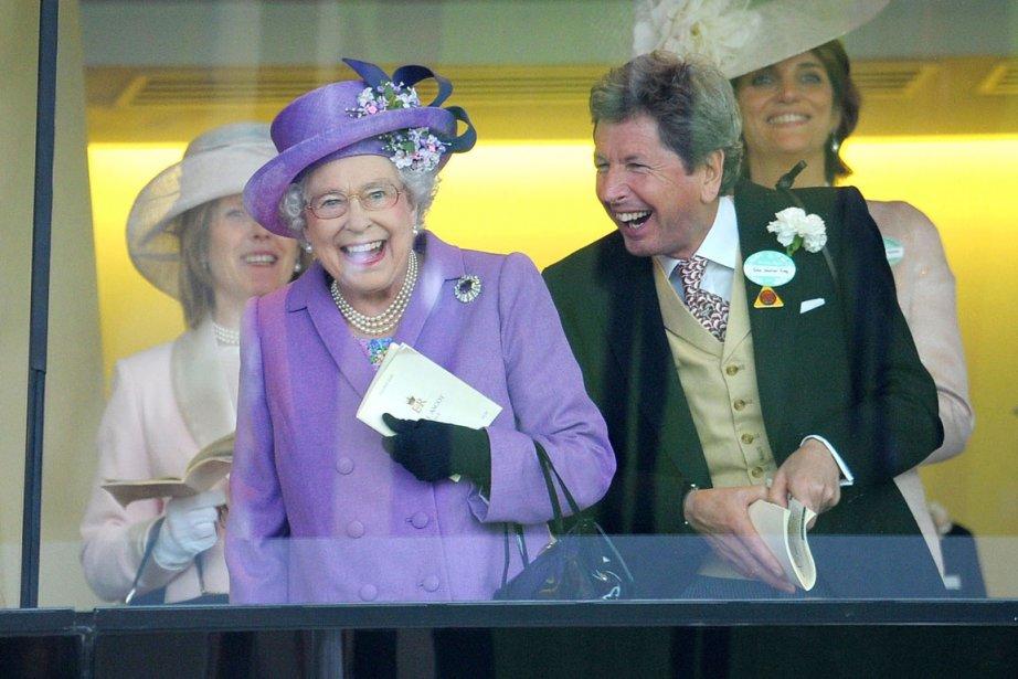 Dans sa loge royale, la souveraine n'a pas... (PHOTO TIM IRELAND, AP)