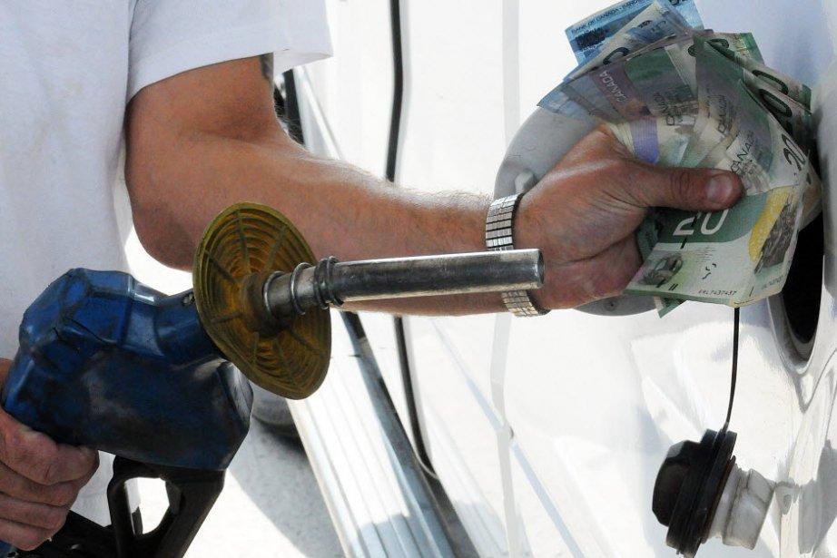 Les prix à la consommation au Canada ont augmenté de 0,7% au cours de la...