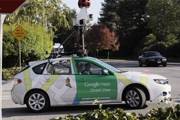 Une voiture de Google Street View.... (Photo: AP)