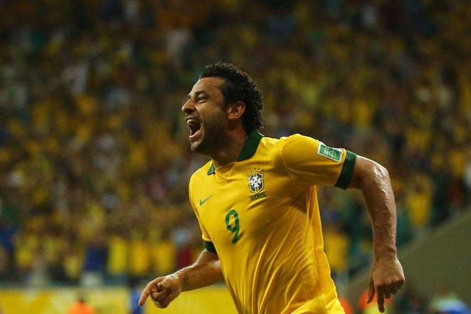 L'avant brésilien Fred.... (Photo Kai Pfaffenbach, Reuters)
