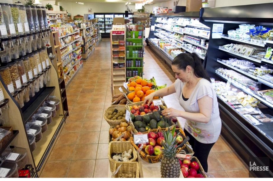 Les commerces d'alimentation de moins de 375 pieds... (PHOTO ALAIN ROBERGE, ARCHIVES LA PRESSE)