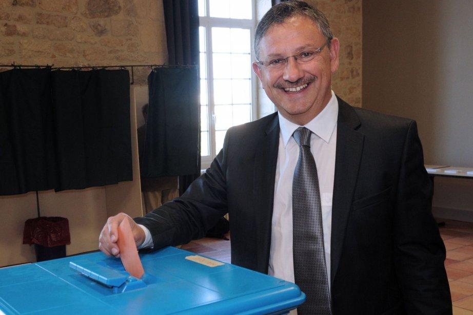 Le candidat de l'UMPJean-Louis Costes a remporté la... (PHOTO MEHDI FEDOUACH, AFP)
