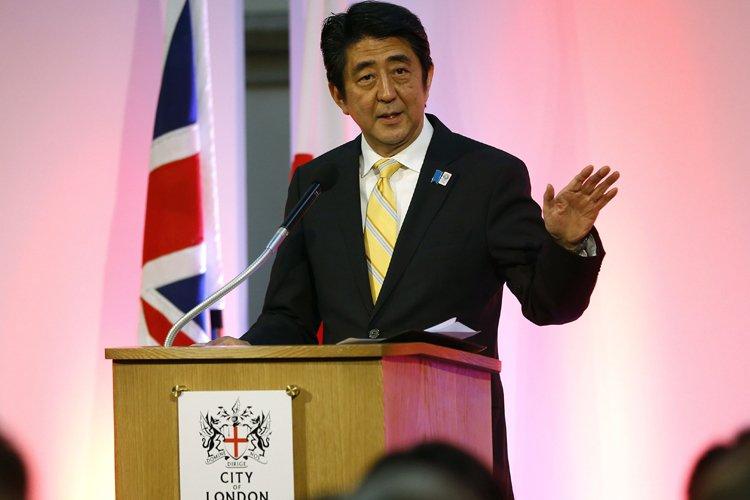 ShinzoAbe avait lui-même décrit ces élections locales comme... (Photo: Reuters)