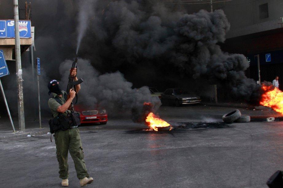 L'armée a prévenu dans un communiqué qu'elle «frappera... (PHOTO OMAR IBRAHIM, REUTERS)