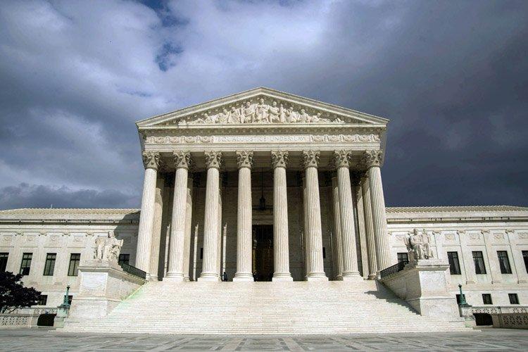 La Cour suprême des États-Unis a accepté lundi d'étudier un... (Photo: AFP)