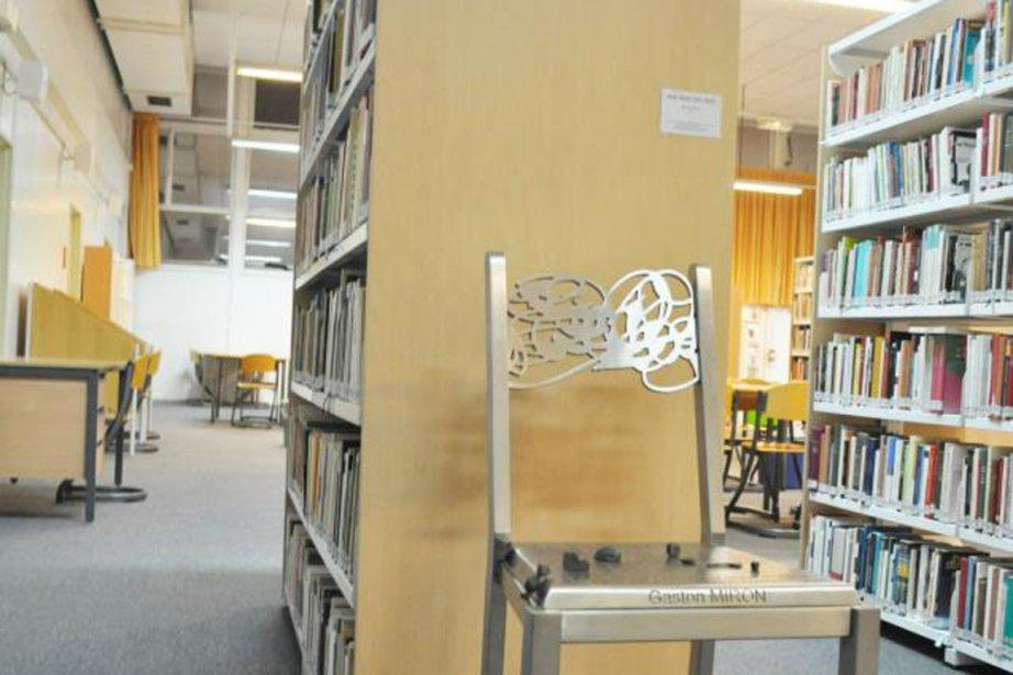 La bibliothèque Gaston-Miron, à Paris.... (Photo tirée de l'internet)