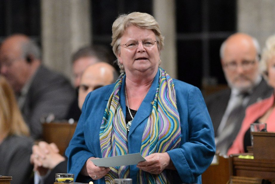 La ministre du Revenu national, Gail Shea, a... (Photo Sean Kilpatrick, La Presse Canadienne)