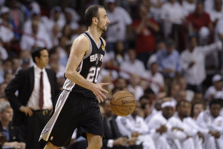 Manu Ginobili des Spurs de San Antonio... (BRENDAN SMIALOWSKI, AFP)
