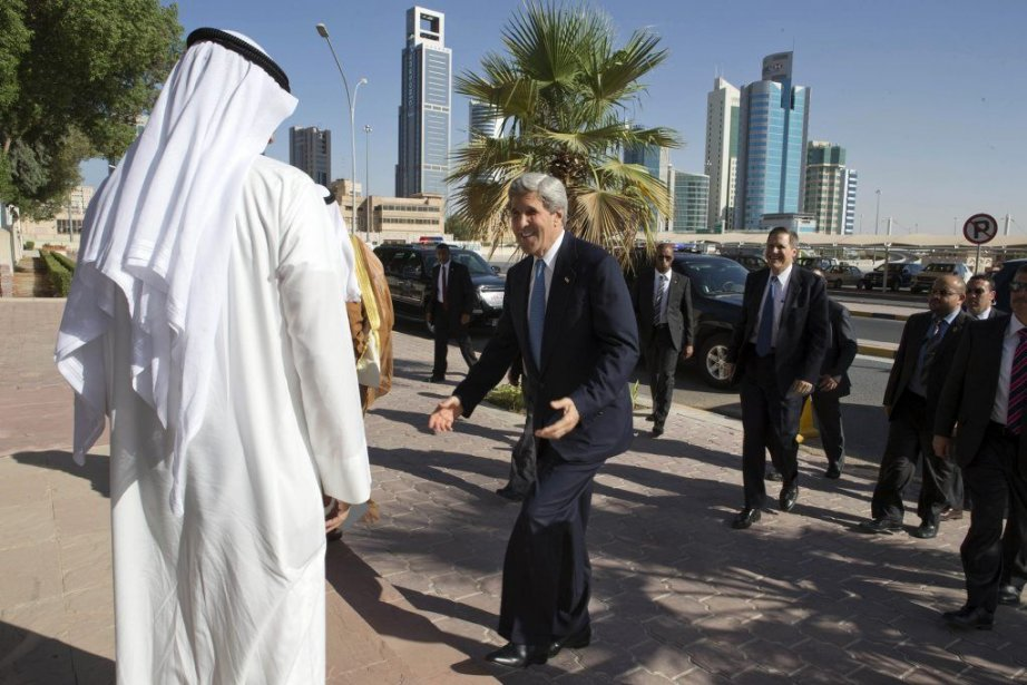John Kerry arrive ce mercredi au centre culturel... (Photo Jacquelyn Martin, Reuters)