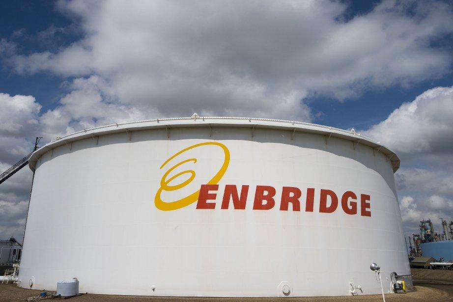 Enbridge a reçu une approbation partielle d'Ottawa pour... (Photo archives La Presse Canadienne)