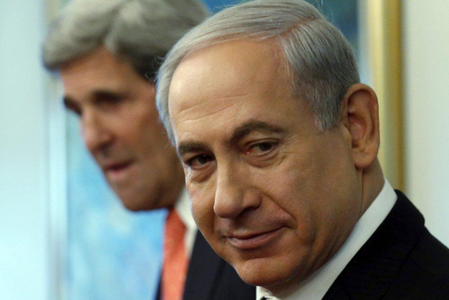 Le premier ministre israélien Benyamin Nétanyahou (au premier... (PHOTO JIM YOUNG, ARCHIVES AP)