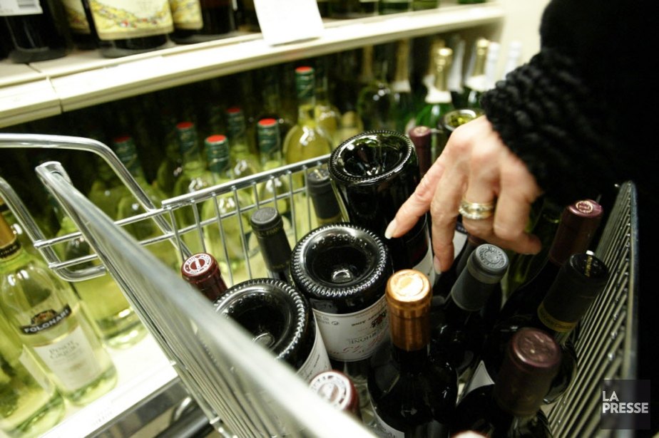La SAQ craint de perdre des revenus, car... (Photo André Tremblay, La Presse)