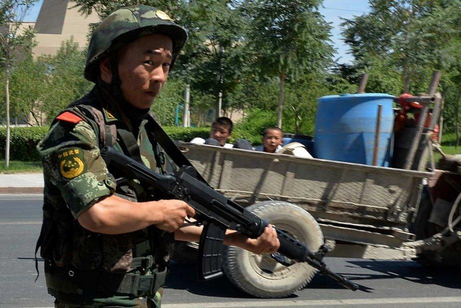 Cette «émeute» fait suite aux troubles de mercredi... (PHOTO MARK RALSTON. AFP)