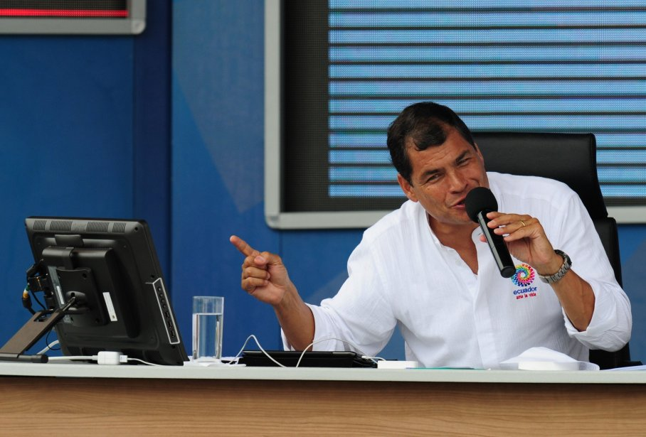 «Pour instruire cette demande d'asile, il doit se... (PHOTO RODRIGO BUENDIA, AFP)