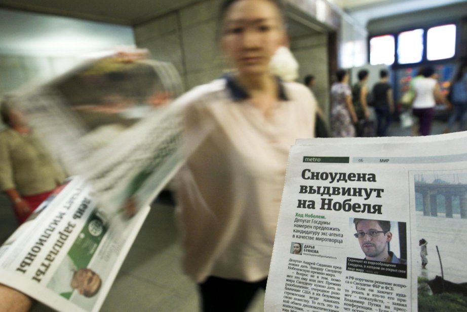 L'abandon de la demande d'asile d'Edward Snowden à... (PHOTO MAXIM SHEMETOV, REUTERS)