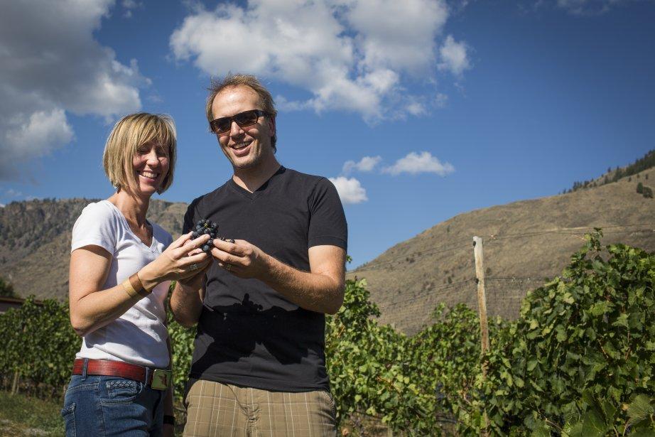 Les propriétaires du vignoble Orofino, Virginia et John Weber. (PHOTO OLIVIER PONTBRIAND, LA PRESSE)