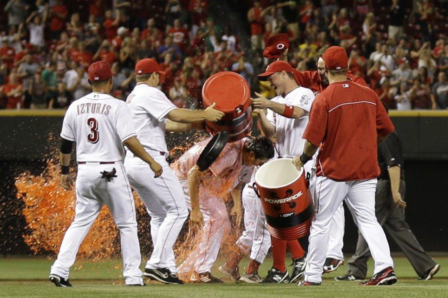 Le lanceur des Reds Homer Bailey a reçu... (Photo Al Behrman, AP)