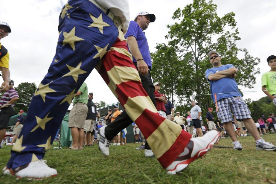 John Daly, avec son pantalon patriotique à l'occasion... (Photo Steve Helber, AP)