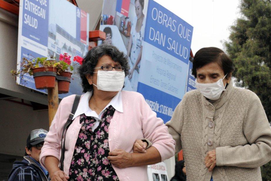 Le gouvernement a confirmé la mort d'au moins... (PHOTO FRANCESCO DEGASPERI, AFP)