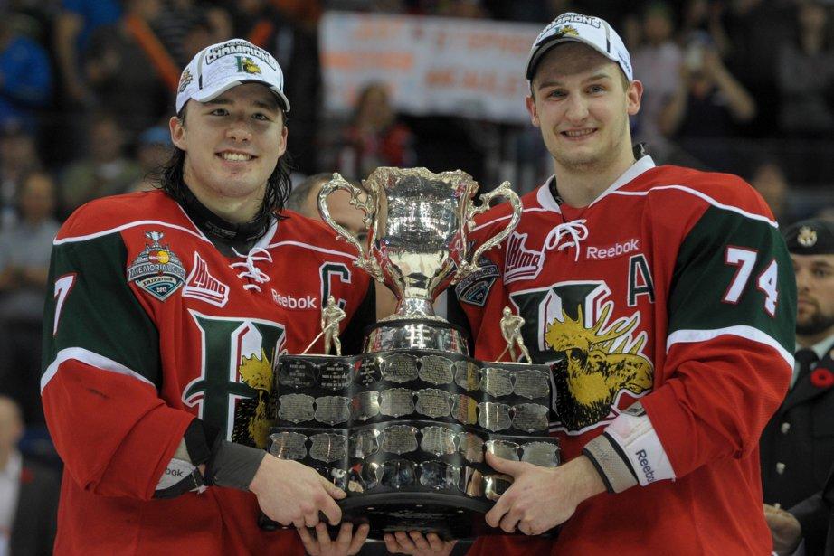 Stefan Fournier (à droite)... (Photo Liam Richards, La Presse Canadienne)