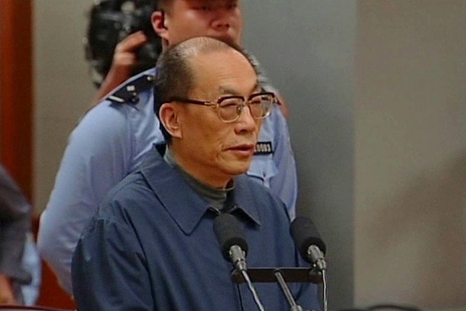 Liu Zhijun, dont les agissements ont profondément terni... (PHOTO ARCHIVES AP/CCTV)